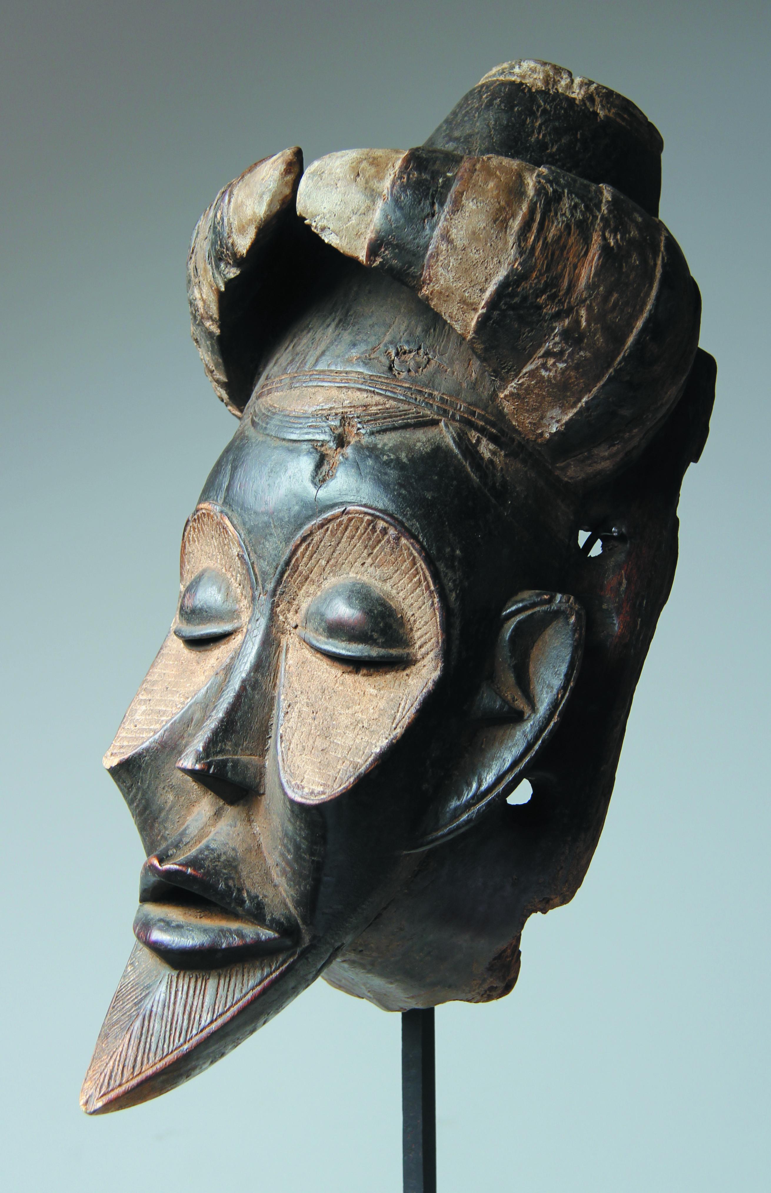 Masque Koulango cornes Ht = 45 cm 002