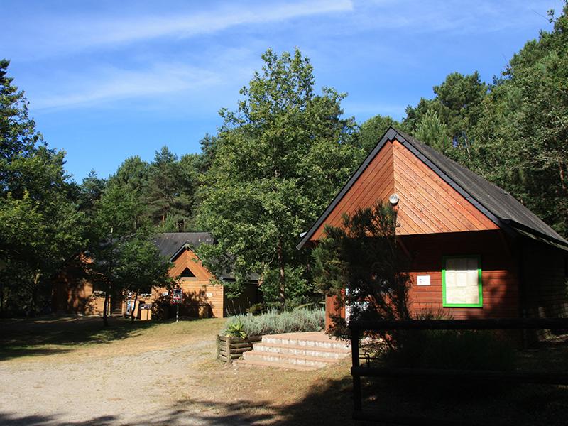 Camping les bruy res la chapelle montligeon office de - Office de tourisme saint yrieix la perche ...