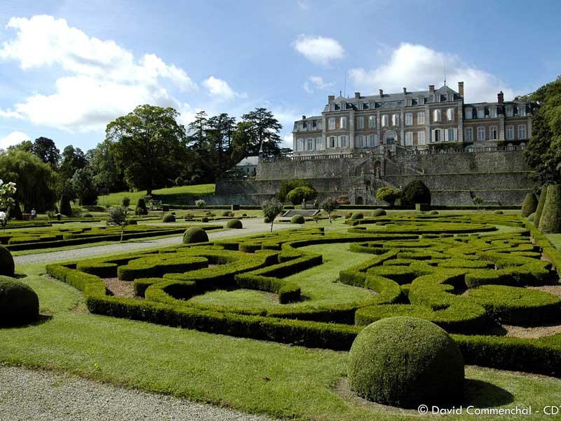 Jardins du Château de Sassy - Saint Christophe du Jajolet